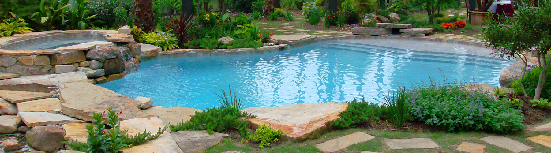 Best Swimming Pool Builders